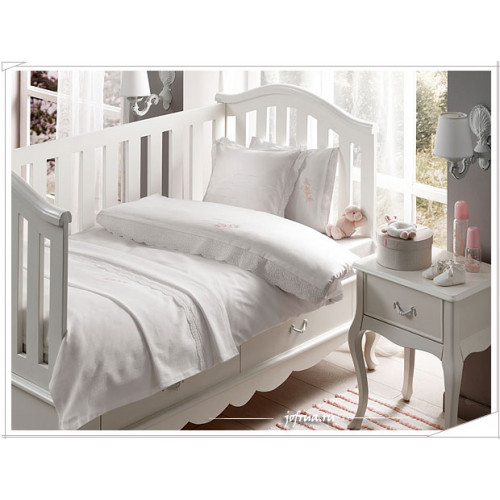 Детское белье в кроватку + покрывало Flower (розовое)