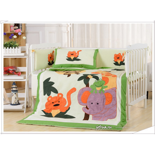 Набор постельного белья в детскую кроватку DK-19 (7 предметов)