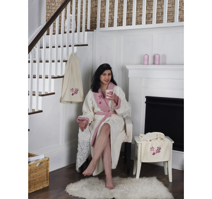 Набор халат + полотенца Karna Adra 3 предмета (молочный)