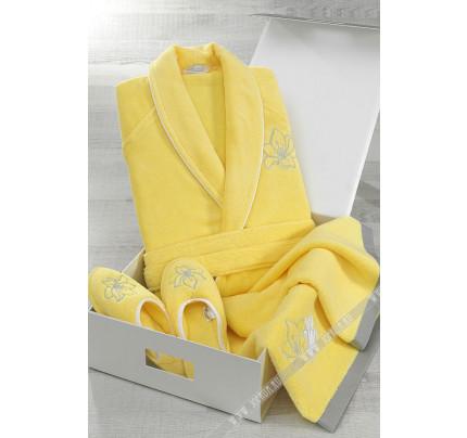 Подарочный набор Soft Cotton Lilium желтый (халат + тапочки + полотенце)
