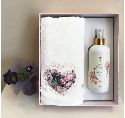 Полотенце Tivolyo Love Bouquet 50x100 с ароматизатором