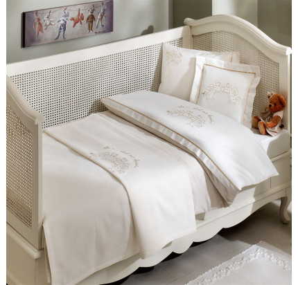 Детское белье в кроватку Tivolyo Home Family (бежевое)