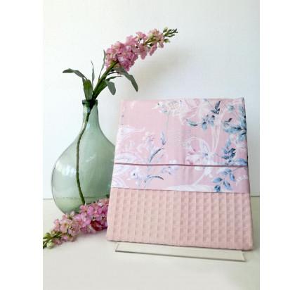 Вафельное пике Tivolyo Home Hena с вышивкой (розовое)