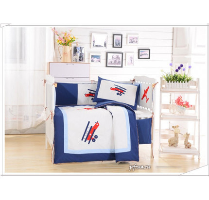 Набор постельного белья в детскую кроватку DK-8 (7 предметов)