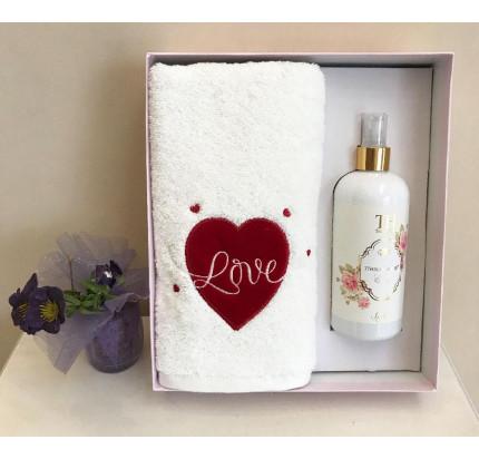 Полотенце Tivolyo White Love 50x100 с ароматизатором